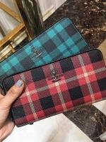 กระเป๋าสตางค์เกาหลี ใบยาวลายสก็อต แต่งซิบเปิดปิด มี2สี