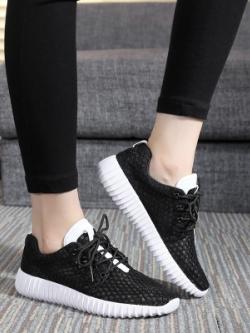 รองเท้าผ้าใบเกาหลี แนวSport แนวลำลอง ระบายอากาศ มี4สี