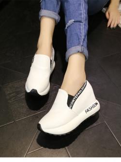 Pre Order รองเท้าเพิ่มความสูงด้านใน สไตล์เกาหลี แต่งลายดีไซน์ทันสมัย มี3สี