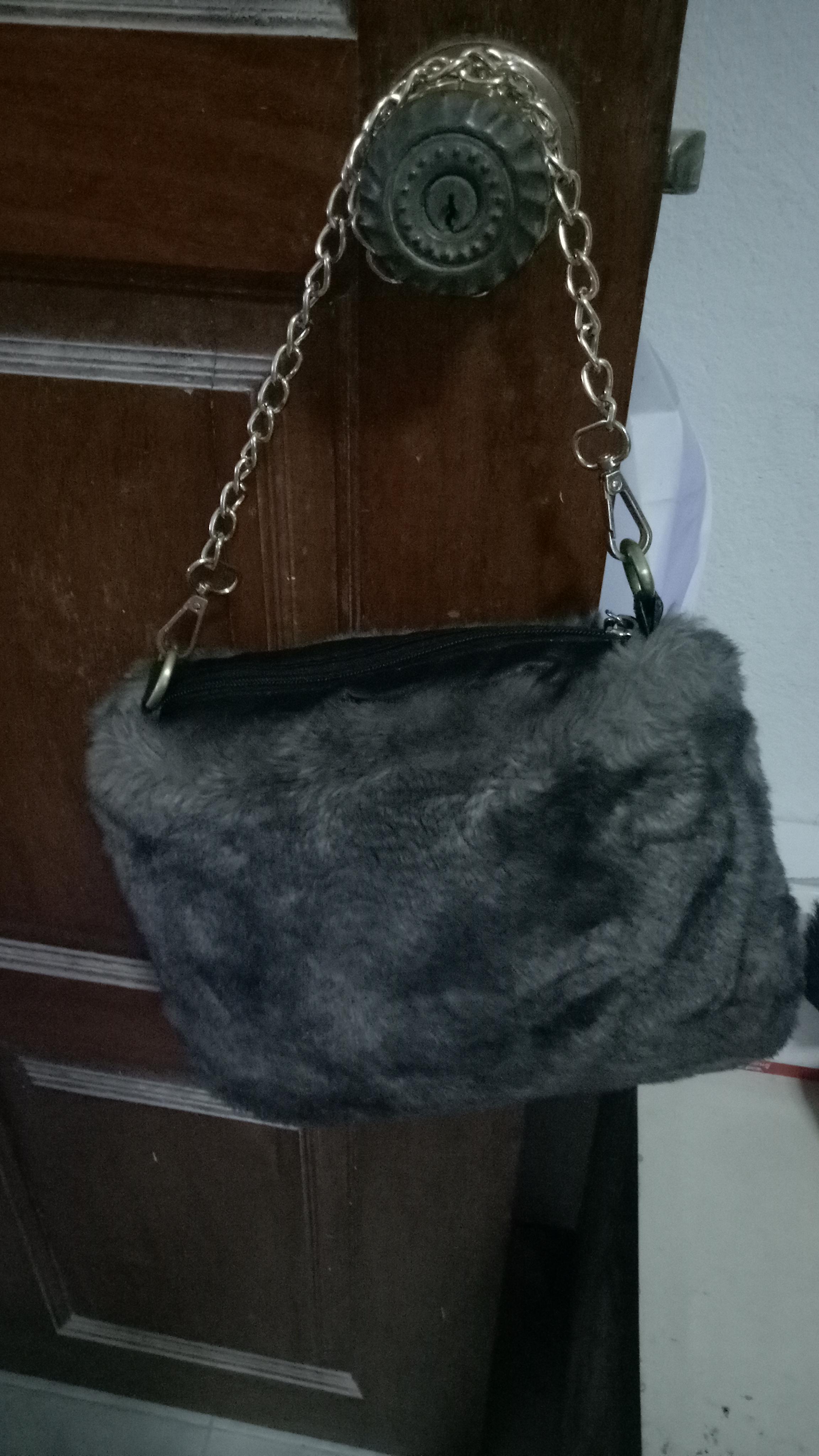 กระเป๋าขนมิงค์