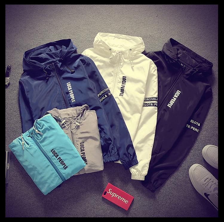 Pre Order เสื้อแจ็คเก็ตผู้ชายมีฮูู้ด ดีไซน์เรียบแต่เท่ห์ แต่งลายคลาสสิก มี5สี