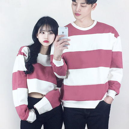 เสื้อคู่รักเกาหลี เสื้อแขนยาวแต่งลายขวาง ทรงหลวม มี6สี