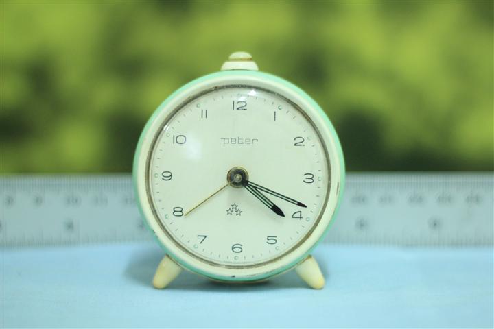 T0604 นาฬิกาปลุกเยอรมันโบราณ ส่ง Peter ส่ง EMS ฟรี