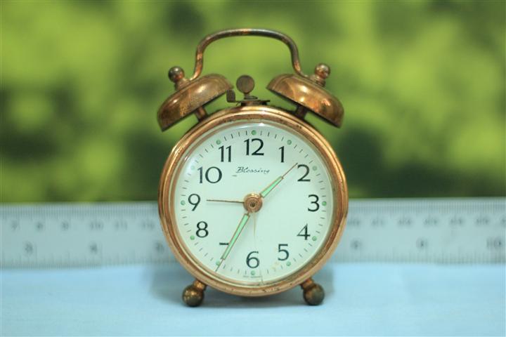 T0603 นาฬิกาปลุกเยอรมันโบราณ ส่ง Blessing ส่ง EMS ฟรี
