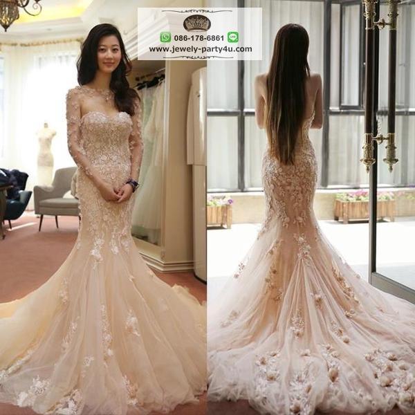 wedding ชุดแต่งงานเจ้าสาวแสนสวย ตกแต่งชุดด้วยดอกไม้สไตล์ 3D มี 2 ชิ้นค่ะ