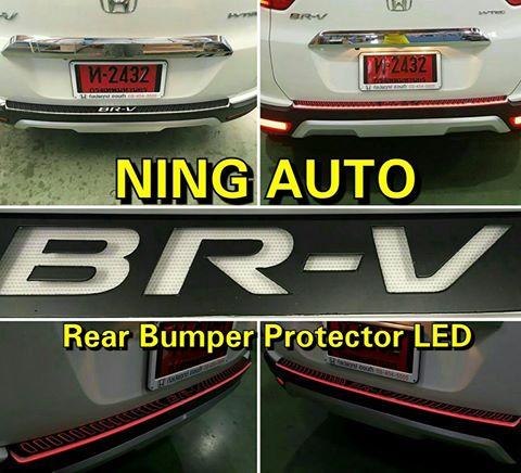 กันรอยท้ายกันชน (ตัวบน) LED HONDA BR-V มีสีไฟให้เลือก แดง น้ำเงิน ขาว ตรงรุ่น