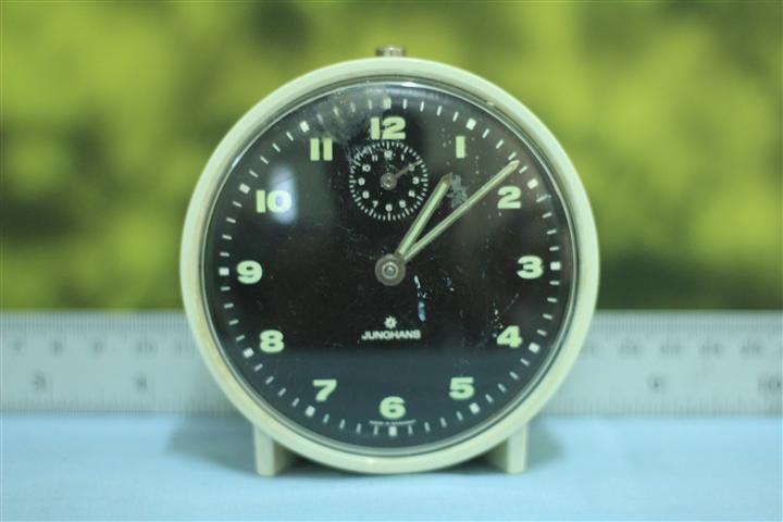 T0611 นาฬิกาปลุกเยอรมันโบราณ Junghans ส่ง EMS ฟรี