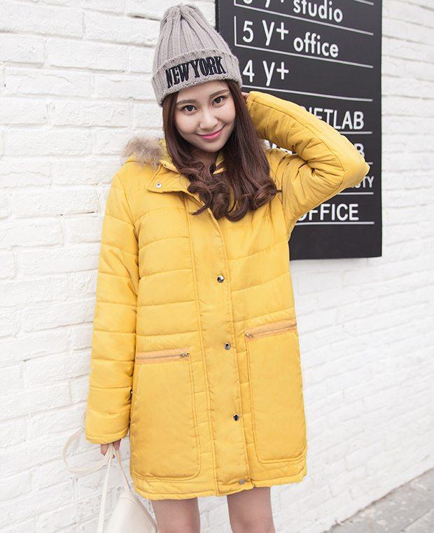 PreOrderคนอ้วน - เสื้อกันหนาวแฟชั่น ผ้าฝ้ายโพลิเอสเตอร์บุนวม ไม่หนามาก มีHood ขนเฟอร์ สีเหลือง