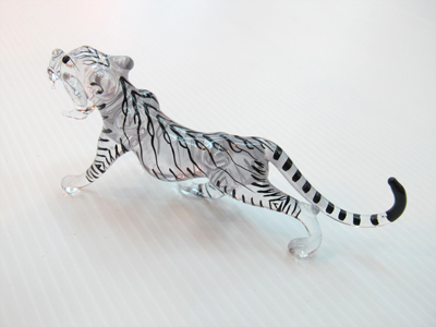เสือแก้วเป่า Glass Figurine Tiger