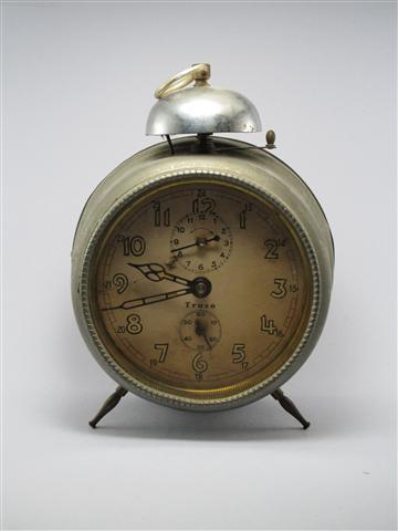U763 นาฬิกาปลูกโบราณ Junghanstruso เดินดีปลุกดี ส่ง EMS ฟรี