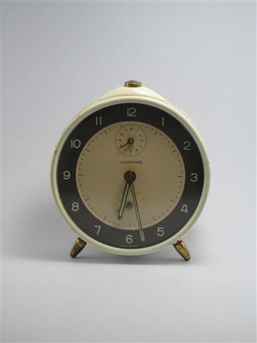 U750 นาฬิกาปลูก Junghans เดินดีปลุกดี ส่ง EMS ฟรี