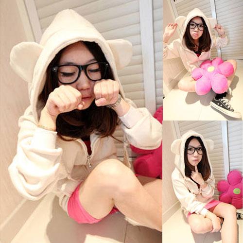 ++สินค้าพร้อมส่งค่ะ++ เสื้อ Jacket เกาหลี น้องหมี มี Hood แขนยาว แต่งหูหมี กระเป๋าหน้า 2 ข้าง – สีขาว