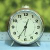 T0613 นาฬิกาปลุกเยอรมันโบราณ Ruhla ส่ง EMS ฟรี