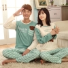 Pre Order ชุดนอนคู่รักเกาหลี เสื้อแขนยาว พิมพ์ลายหมี แต่งกระเป๋าหน้า+กางเกงขายาวลายขวาง