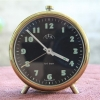 T0712 นาฬิกาปลูก ULA Tri Ton เดินดีปลุกดี ส่ง EMS ฟรี