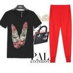 PreOrderไซส์ใหญ่ - เซตคู่เสื้อ-กางเกงขายาวแฟชั่นคนอ้วน เสื้อยืดพิมพ์ลายลิปสติกสีดำ กางเกงขายาวสีแดง