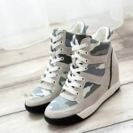 Pre Order รองเท้าผ้าใบผู้หญิง เพิ่มส้นสูงด้านใน ลายทหาร สไตล์สาวเกาหลี มี2สี