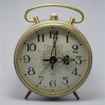 U761 นาฬิกาปลูกโบราณ Jantra 4 Jewels USSR เดินดีปลุกดี ส่ง EMS ฟรี