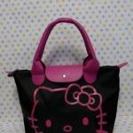 กระเป๋าถือหูหิ้ว คิตตี้ kitty#3 ทรง LC ขนาด กว้าง 14 ซม. * ยาว 35 ซม. * สูง 22 ซม. สีดำชมพู ลายหน้าคิตตี้โบว์