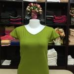 """เสื้อยืดคอวี สีเขียวไพร size """"M"""""""