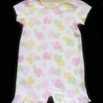 ฺBDS-312 (6M) ชุดบอดี้สูท Baby Boot สีขาว ลายหัวใจสีชมพู-เขียว-เหลือง ระบายริมรอบปลายขา