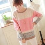 Pre Order - เสื้อกันหนาวแฟชั่น ไหมพรม ลายสวย สีชมพู-ครีมขาว