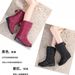 Pre Order - รองเท้ากันหนาว รองเท้าลุยหิมะ ผ้าร่มกันน้ำ ข้างในบุกำมะหยี่ สูง 30cm สี : ดำ / ไวน์แดง ไซส์ 35 / 36 / 37 / 38 / 39 / 40