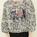 Pre Order - เสื้อกันหนาวแฟชั่น คอกลม ยืด ไม่หนามาก ลายการ์ตูนช้างที่หน้าอก สีเทาดำ