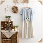 [ พร้อมส่ง] เดรส 2 ชิ้น กระโปรงเป็นผ้าฝ้ายลายดอก ตัวเสื้อเป็นเสื้อยืดสีฟ้า size L
