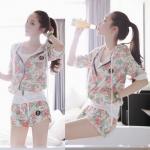Pre Order ชุดออกกำลังกายเกาหลี เซ็ทเสื้อแจ็คเก็ตแขนยาวมี HOOD พิมพ์ลายดอกไม้+กางเกงขาสั้น