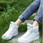 Pre Order รองเท้าผู้หญิงแฟชั่นเกาหลี Fashion V-3 ดีไซน์เก๋ สีเรียบๆ เพิ่มส้นสูงด้านใน มี2สี