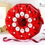 กล่องของชำร่วยงานแต่งงาน งานมงคลต่างๆ กล่องทรงขนมเค็ก 1ปอนด์มี 10ชิ้น แนวดอกไม้แต่งโบว์ มีหลายแบบให้เลือกค่ะ