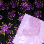 ชุดผ้าถุงพร้อมเสื้อคอกระเช้าลายโครเชต์ใหญ่