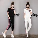 Pre Order ชุดวอร์มแฟชั่นเกาหลี เสื้อโปโลแต่งลายหน้าอก+กางเกงขายาว มี 2 สี