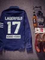 Pre Order เสื้อเชิ้ตผู้ชายแฟชั่นเกาหลี แขนเสื้อแต่งแถบสี สกรีนลายด้านหลัง LAGERFELD 17 มี2สี