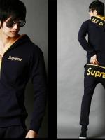 Pre Order ชุดวอร์มกีฬาเกาหลี ได้เสื้อแขนยาว+กางเกงขายาว มีฮู้ด เป็นซิบ พิมพ์ลาย Supreme <มี4สี>