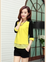 Pre Order เสื้อผู้หญิงแฟชั่นเกาหลี ผ้าชีฟองแขนห้าส่วนคอกลม สีทูโทน มี4สี