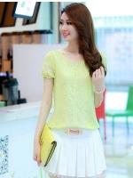 Pre Order เสื้อผู้หญิงแฟชั่นเกาหลี คอกลมแขนสั้น เพิ่มดีเทลด้วยผ้าลูกไม้ช่วงแขนและคริสตัล มี3สี
