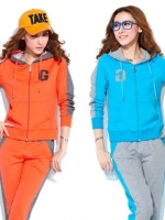 Pre Order ชุดออกกำลังกายเกาหลี เสื้อแขนยาวมีฮู้ด พิมพ์ลายตัวอักษร G+กางเกงขายาว มี4สี