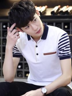 เสื้อโปโลแขนสั้นเกาหลี ดีไซน์แขนเสื้อ แต่งขอบกระเป๋า มี3สี