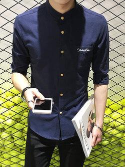 เสื้อเชิ้ตแขนห้าส่วนเกาหลี แต่งกระเป๋าเสื้อ พิมพ์ลายอักษร มี3สี