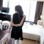 TOTO ++สินค้าพร้อมส่งค่ะ++ ชุดเสื้อตัวยาวเกาหลี แขนเต่อ ดีไซด์เปิดไหล่ แต่งสร้อยเกี่ยวระหว่างเสื้อชิ้นหน้ากับหลัง – สีดำ thumbnail 6