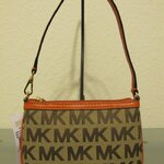 กระเป่าคล้องแขน MICHAEL KORS LOGO SAFFIANO BROWN/ORANGE MEDIUM WRISTLET