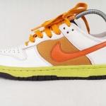 รองเท้าผ้าใบ Nike ขาว ส้ม เบอร์ 40