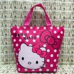 กระเป๋าถือหูหิ้วใบกลาง คิตตี้ kitty ขนาดกว้าง 12 ซม. * ยาว 30 ซม. * สูง 23 ซม. ลายหน้าคิตตี้โบว์ชมพู พื้นชมพูจุดขาว