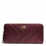 กระเป๋า COACH Madison Diagonal Pleated Leather Accordion Zip Wallet 48490 Bordeaux Red