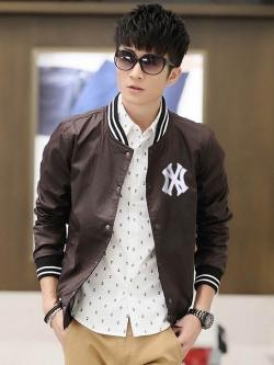 Pre Order เสื้อแจ็คเก็ตแนวเบสบอล คอตั้งแขนยาว ปักลายที่หน้าอก แฟชั่นเกาหลี มี3สี