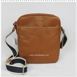 สินค้าอยู่ USA: กระเป๋า COACH F70813 SV/SD FOR MEN Heritage Web Leather Flight Crossbody Messenger Bag มีตำหนิรอยขีดเล็กๆด้านหน้าดูภาพ 5