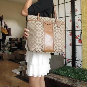 กระเป๋า COACH F31904 IMBDX ทรงแม่บ้าน สะพายได้ทุกวัน ขนาดใหญ่ น้ำหนักเบา