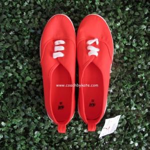 รองเท้า H&M ผ้าใบสีแดง ขนาด 38